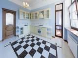 Сдам большую квартиру (170м2)в Киеве без мебели центр Большая Житомирская 17б Софиевская площадь